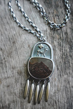 Load image into Gallery viewer, Sage Runner Necklace