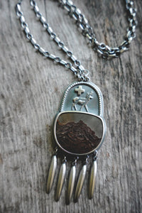 Sage Runner Necklace
