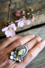 Load image into Gallery viewer, Apple Blossom Ring -- Turquoise -- Size 8.25