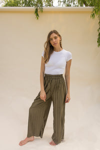 THE OLIVE PLEATED PALAZZO