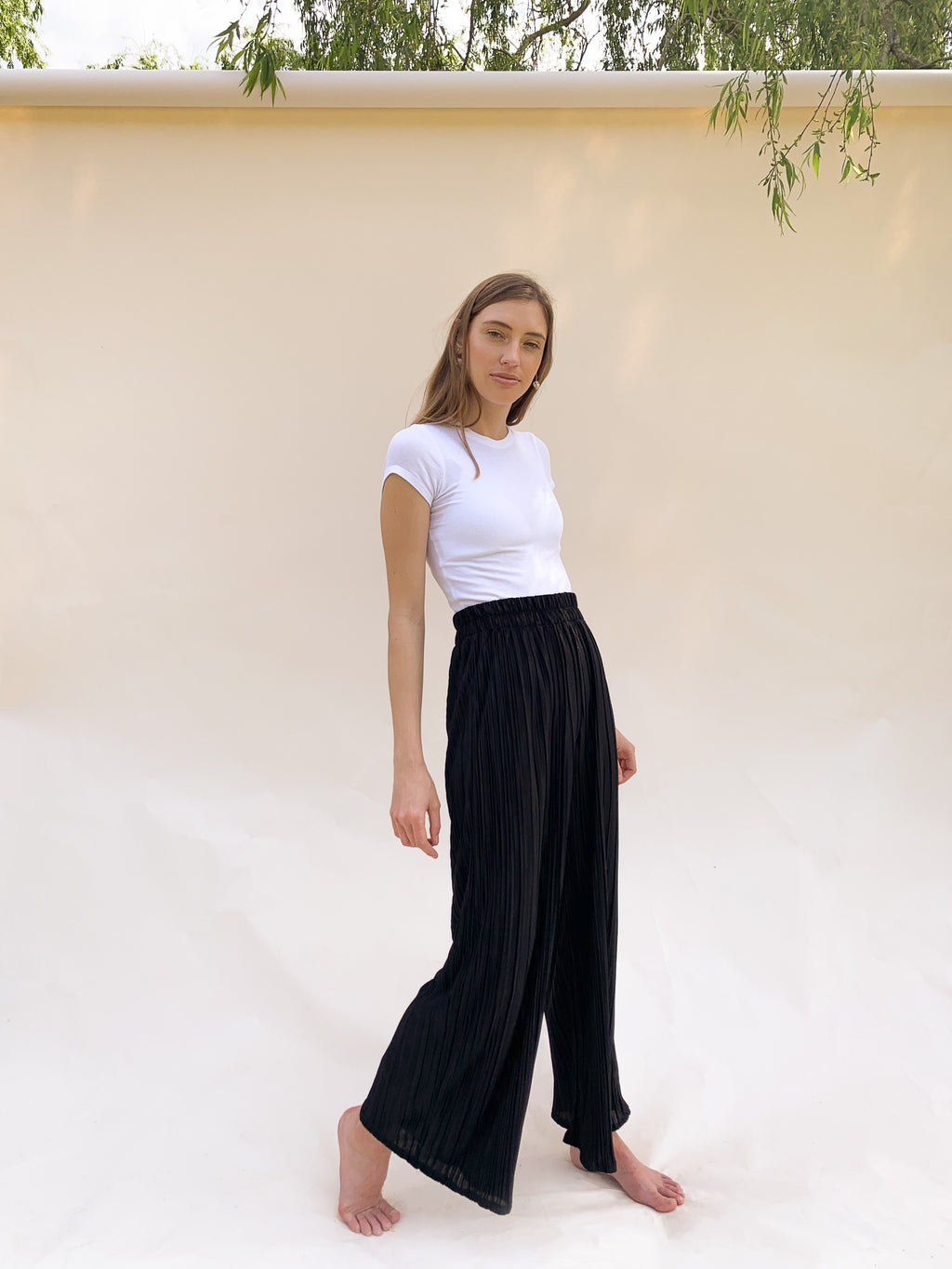 THE NOIR PLEATED PALAZZO