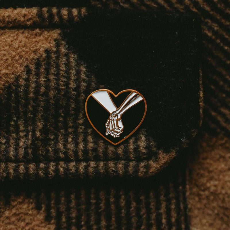LOVE YOU TO DEATH - PIN BADGE