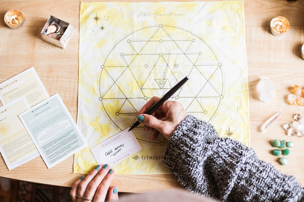 How To: Crystal Grid Manifesting