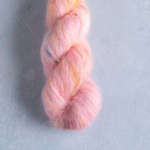 Tiptoes - Lace Weight - Suri Silk Cloud