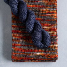 Load image into Gallery viewer, Rich Grorange - Knitted Sock Tube 50g