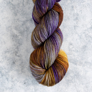 Queen B - Double Knit Weight - DK