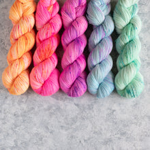 Load image into Gallery viewer, Summer Breeze - 5 Skein Gradient Set - Sparkle 100g's