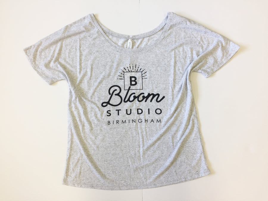 Bloom Tee - Gray
