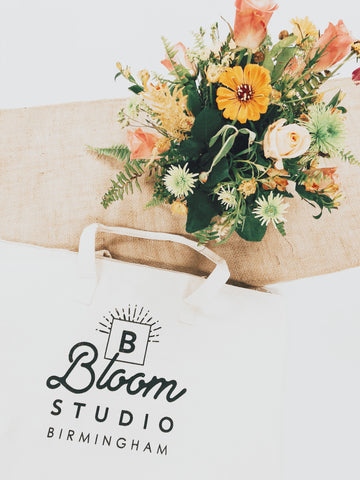 Bloom Zipper Tote Bag
