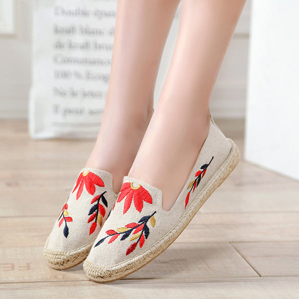 Canvas Daily All Season Floral Embroidered Loafers