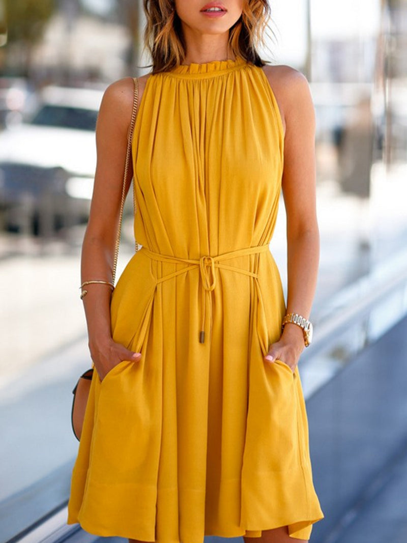 Yellow Pockets A-line Sleeveless Holiday Dress
