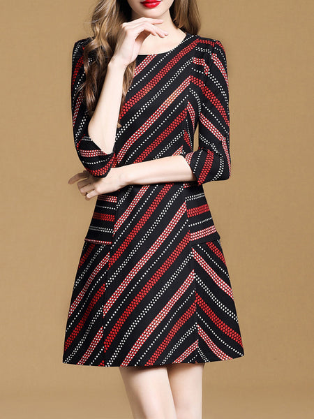 3/4 Sleeve Crew Neck Elegant Stripes Printed Dress