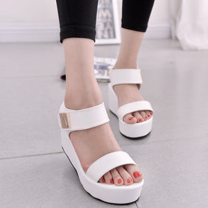 Buckle-Strap PU Platform Comfy Sandals