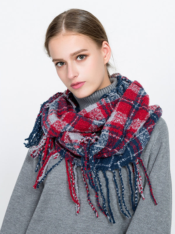 Casual Checkered Knitted Scarf