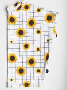 Sunflowers Wingin' It Ladies Tee