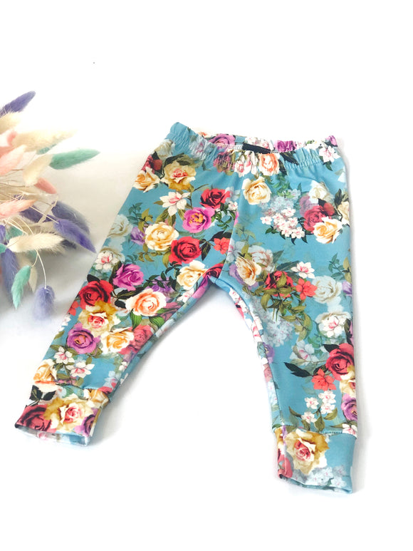 Vintage Blue Floral Leggings