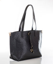Aspen Fox Nia Handbag in Black
