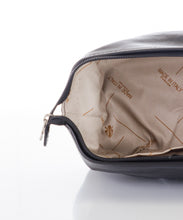 Betulla Richardo Wash Bag in Black