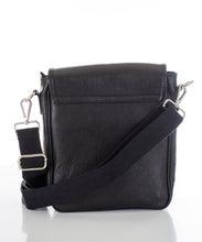 Betulla Raffa Messenger in Black
