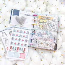 Load image into Gallery viewer, JD41 - Mini Happy Planner - Clear Star Jelly dashboards with two scalloped pockets