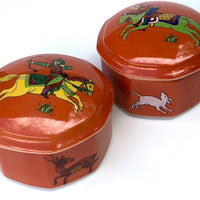 Pair of Vintage Mann, Japan ''Persian Hunter Circa 1642' Handcrafted Porcelain Lidded Boxes / Bowls