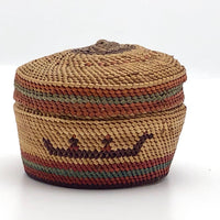 Very Fine Little Makah-Nuu-chah-nulth Lidded Basket with Whalers in Boat
