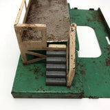 Lionel Tin Litho Milk Car Platform
