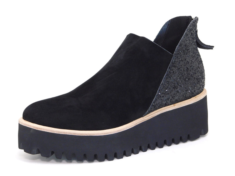 All Black Flatform Tread Shootie Glitter