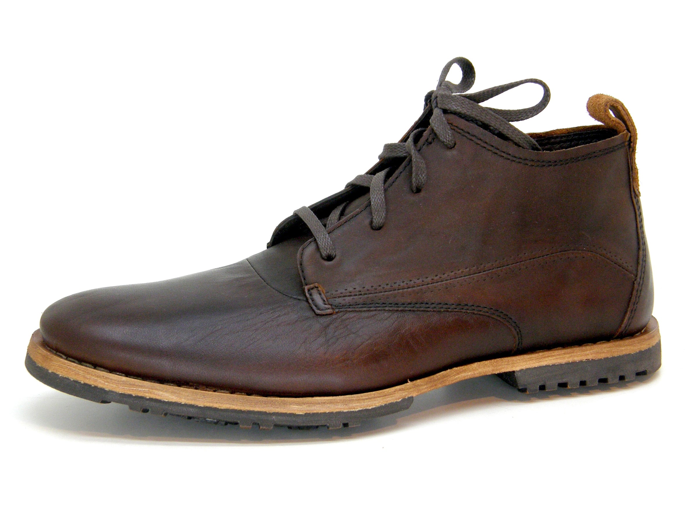Timberland Boot Co. Men's Bardstown Chukka