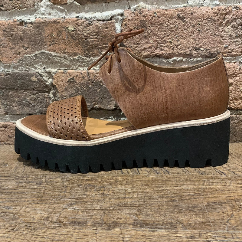 All Black Perforated Flatform Band Brown - shoostore