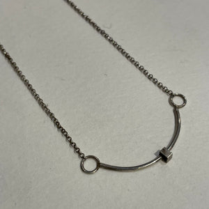 Lacey Fema Jewelry Curved Silver Necklace