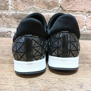 All Black Banded Graphic Sneaker