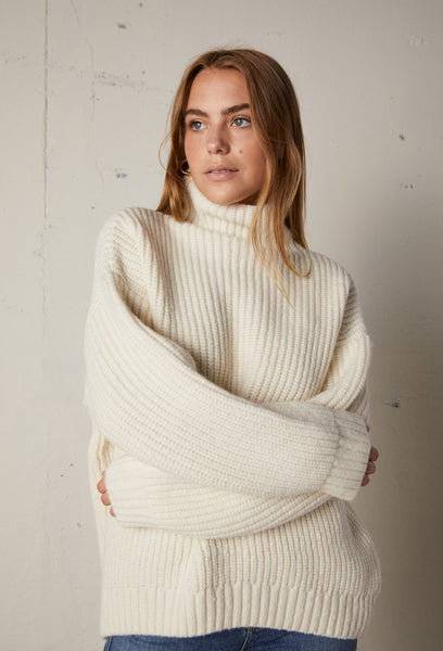 https://beigelr.com/collections/new-arrivals/products/anine-bing-sydney-sweater