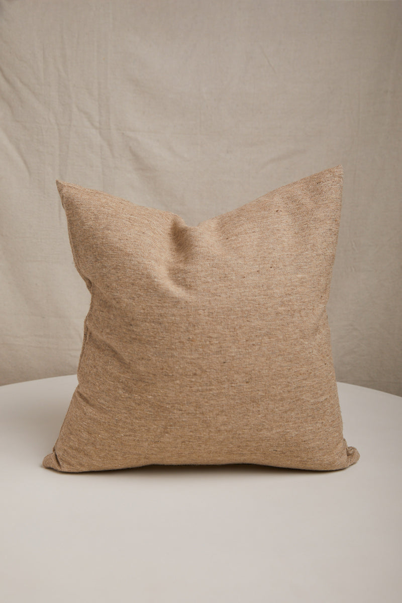 HAWKINS NEW YORK TEXTURED WOOL PILLOW IN SAND