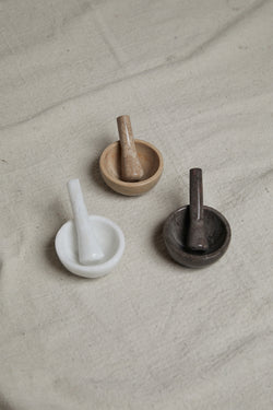 BEIGE HOME STONE MORTAR AND PESTLE