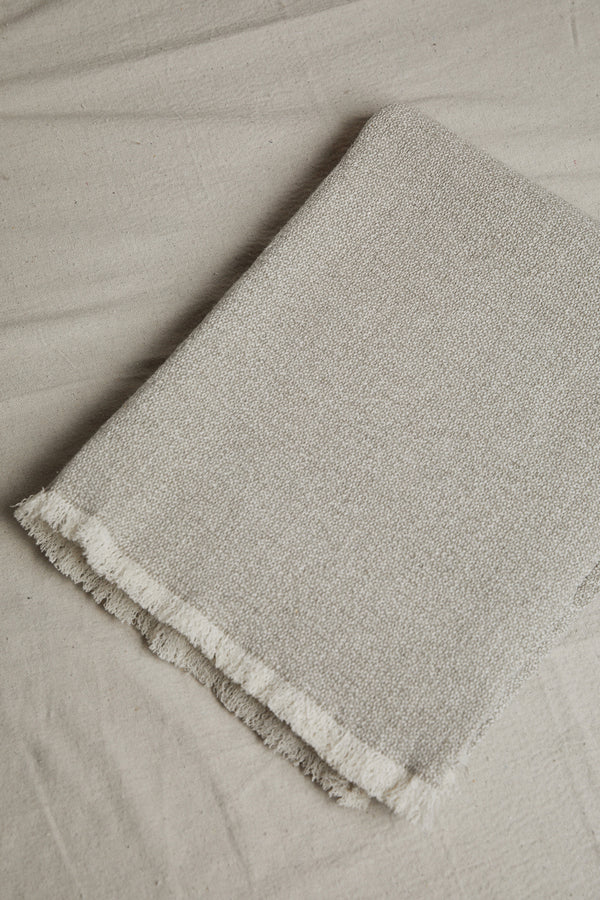 LINEN WAY MARLBOROUGH THROW