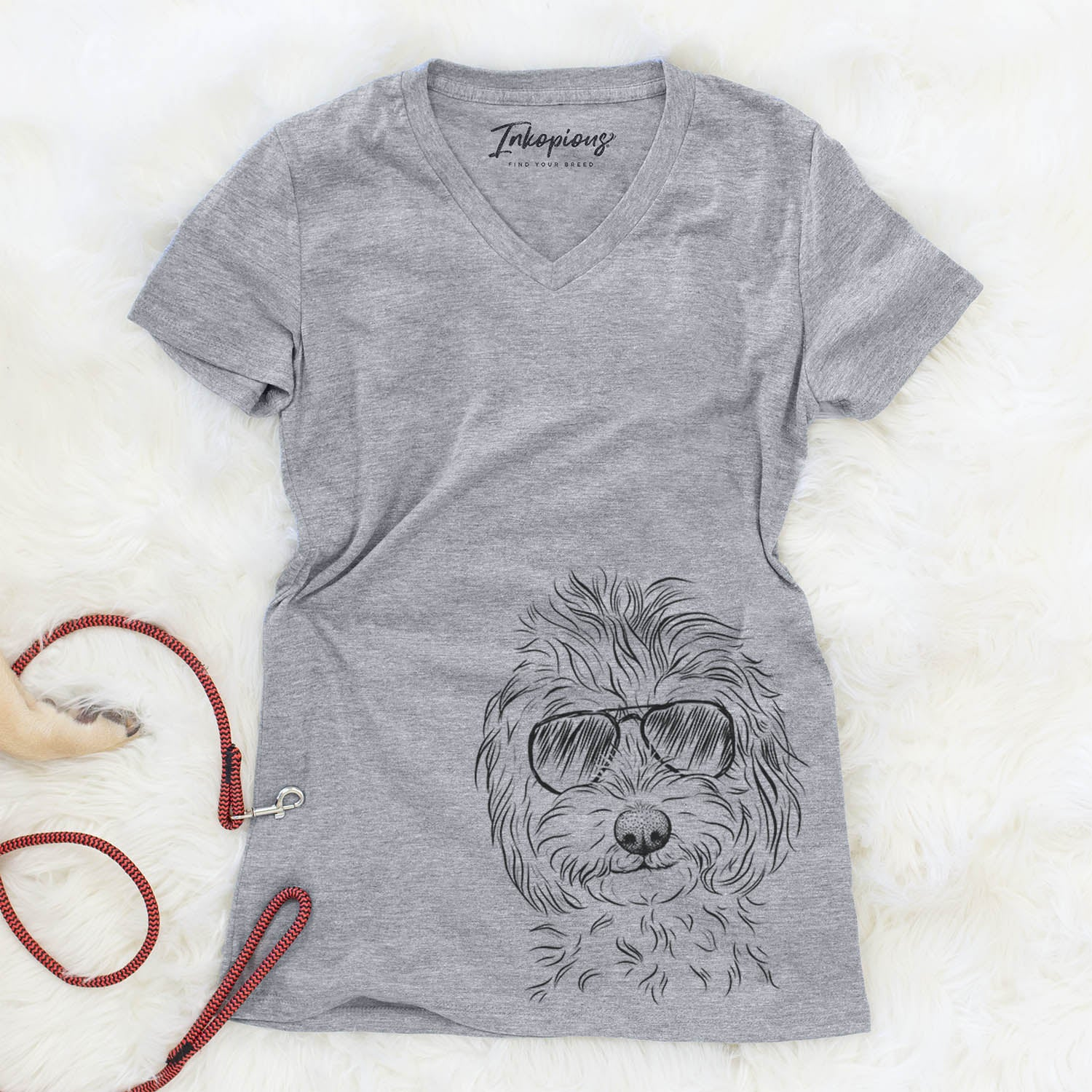 Mason the Cavapoo - Women's Modern Fit V-neck Shirt