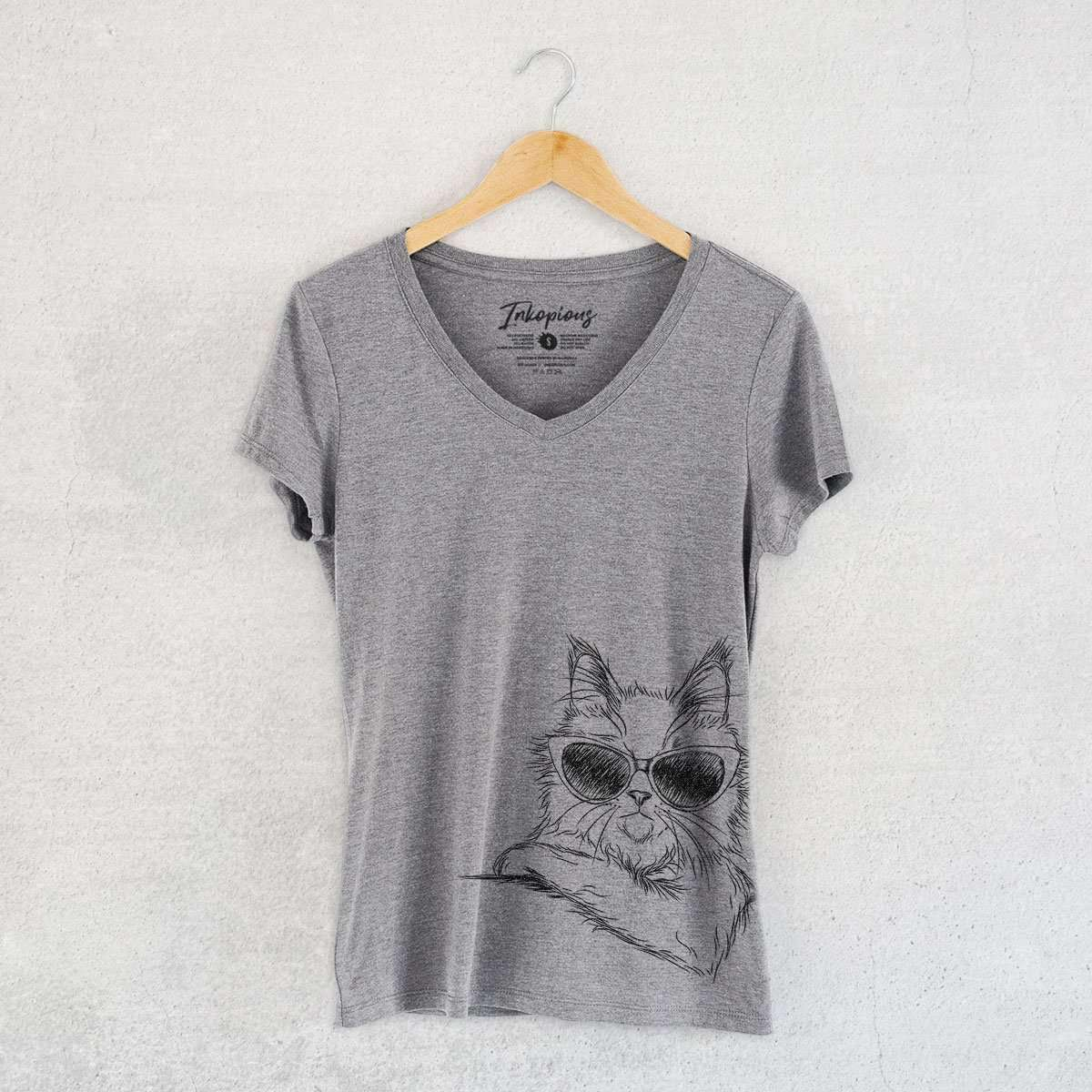 Ginger the Maine Coon - Women's Modern Fit V-neck Shirt