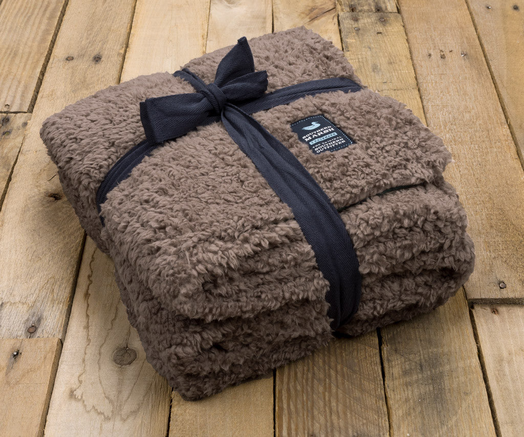 Southern marsh collection sherpa blanket watson pile for Sherpa blanket