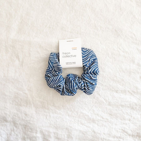 100% Organic Cotton Scrunchie - Grey Chevron