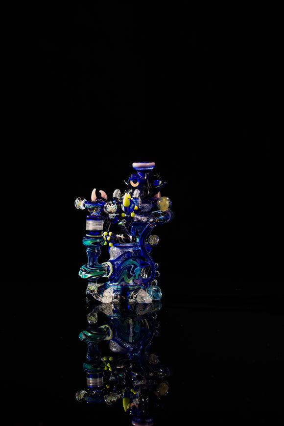 Alien UV Recycler/Meditating Alien