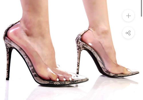 Clear and pretty heel