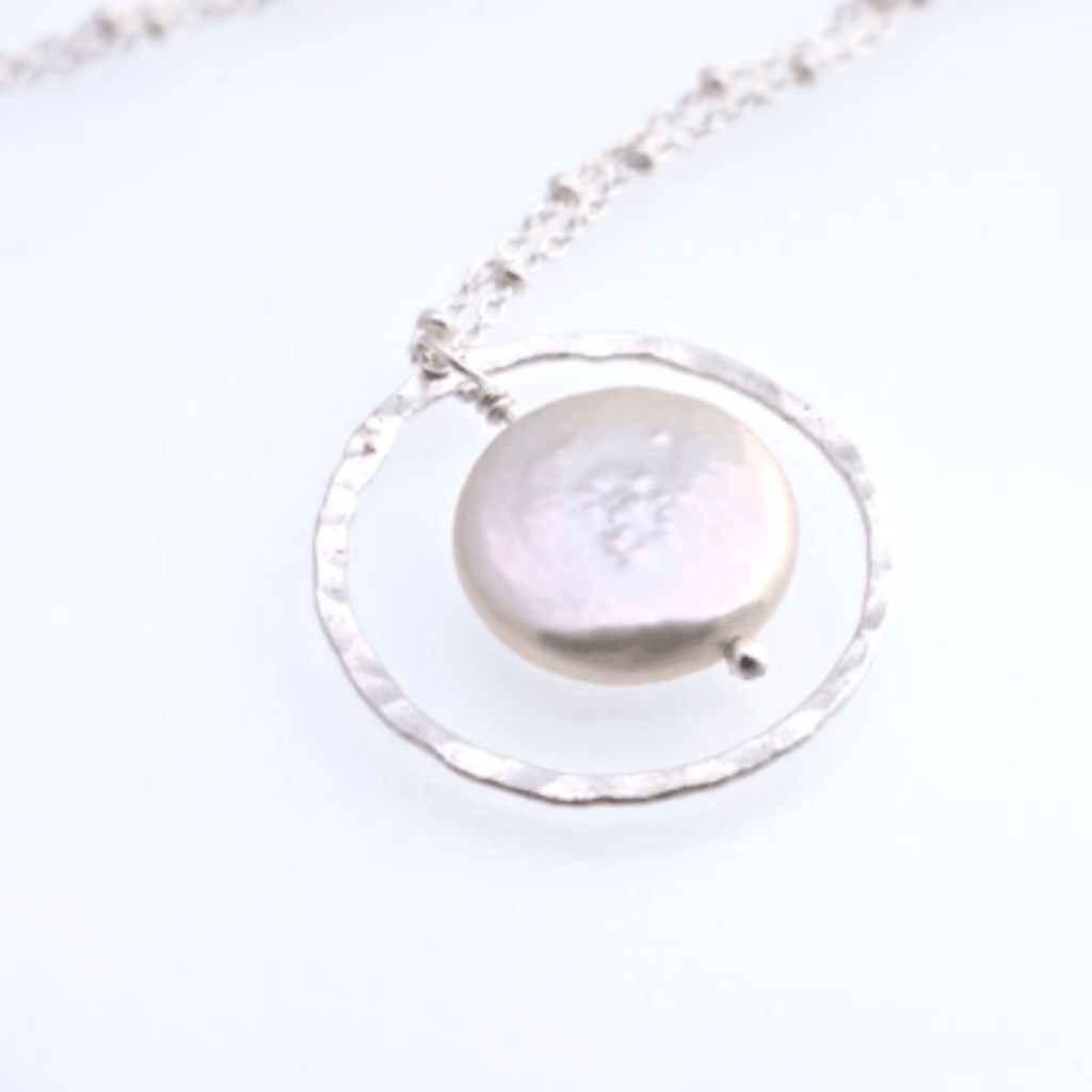 Coin Pearl Circle Necklace