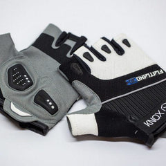 Image of Flatland3D Knox E-Skate Glove For Electric Skateboarding
