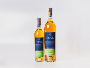 Gylfinir 375ml and 750ml medium dry Welsh mead in glass bottles with cork closures