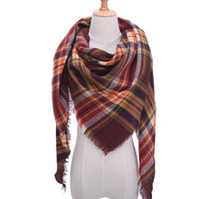Load image into Gallery viewer, Gorgeous Knitted Plaid Scarf