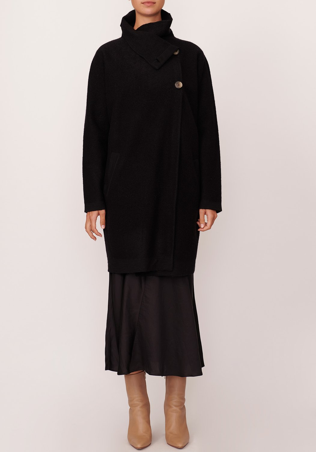 Pol River Draped Black Coat