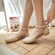 Ama Round Toe Flat Shoes - Beige / UK7.5 - Flat Shoes Footsylicious