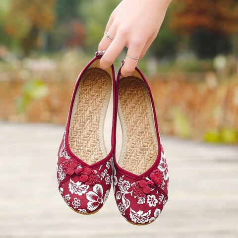 Ethnic Round Toe Flat Shoes - Red / UK5 - Footsylicious