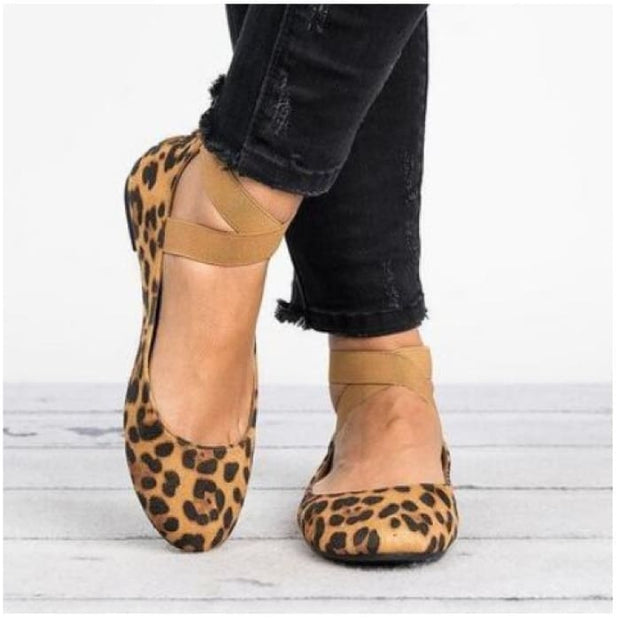 Suede Ankle Strap Round Toe Flat - Leopard / UK5 - Flat Shoes Footsylicious